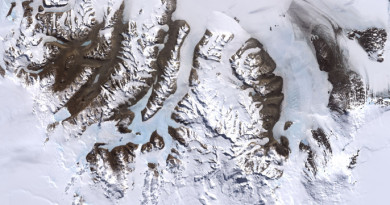 Satellite image of the McMurdo Dry Valleys (NASA)