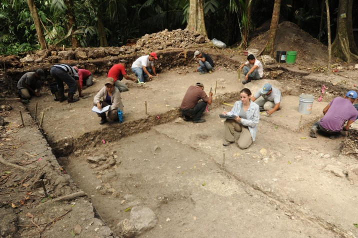 Mayan civilization: Archaeologists excavate an early residential structure at Ceibal, from about 500 B.C. (Takeshi Inomata/University of Arizona)
